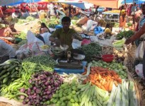 The weekly market at Nelamangala